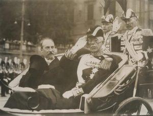 Jaan Tõnisson och Kung Gustav V. Foto: Estlands Riksarkivet.