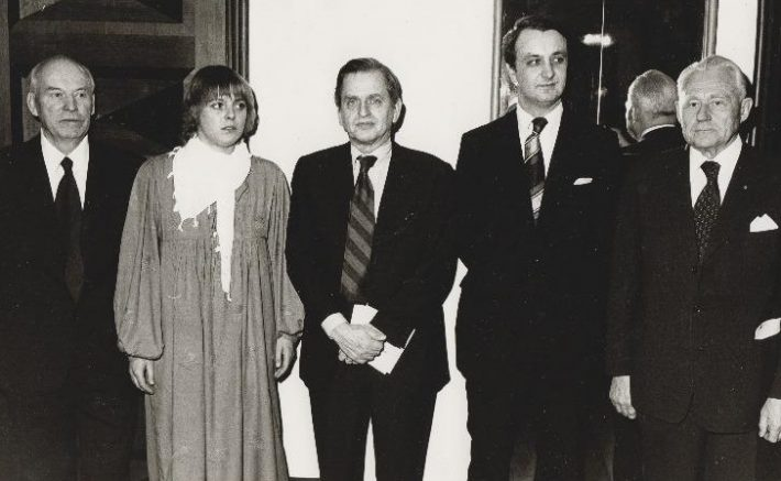 Olof Palme, Estlands nationaldag. Foto: Estlands Nationalarkivet.