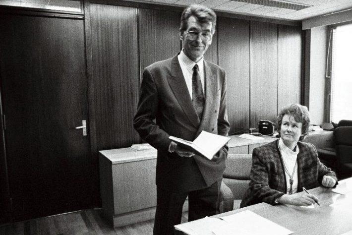 Välisminister Jaan Manitski välisministeeriumi 10. korrusel. Foto: Rahvusarhiiv.